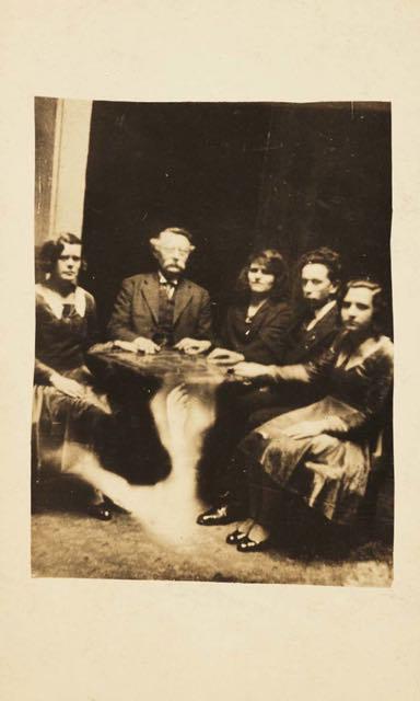 William Hope – La fotografia e gli spiriti